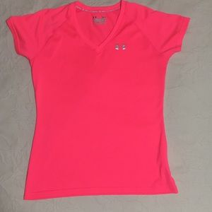 Under Armour semi-fitted heat gear shirt